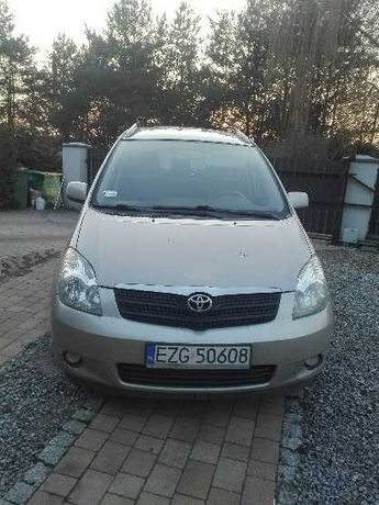 Toyota Corolla Verso 1.6    2003  352 000 km  Benzyna+LPG