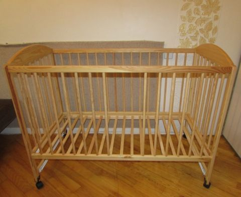 Детская кроватка Drewex, модель Kolorino