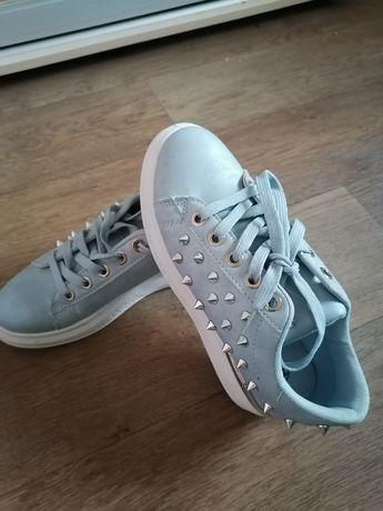 Продам обувь, 24,5 сантиметров по стельке