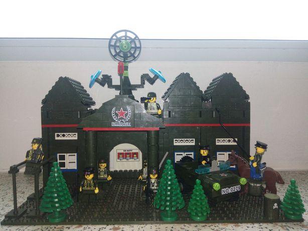 Лего набор Военная база LEGO