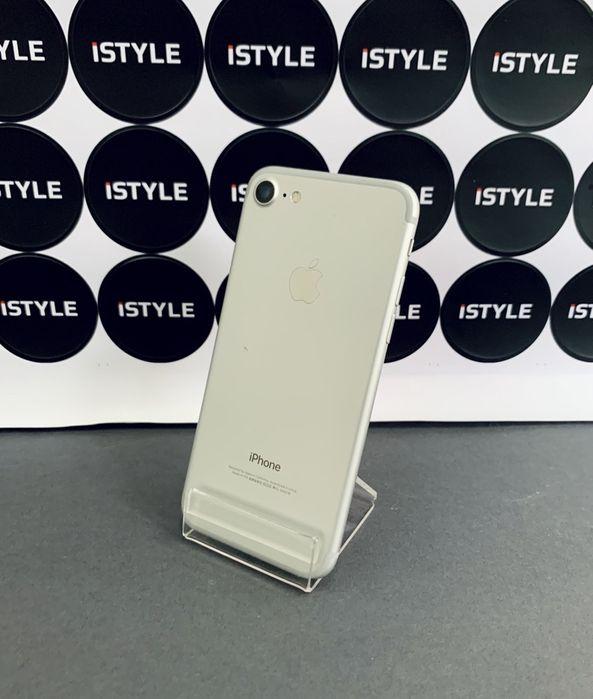 iPhone 7 б/ // 32 bb // Silver // Мукачево - изображение 1
