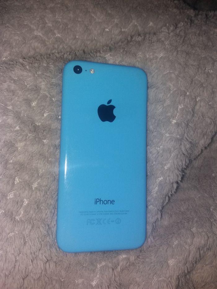 IPhone 5c Zamość - image 1