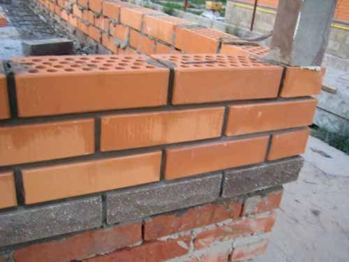 Малоэтажное строительство. Кладка кирпича, блоков. Облицовка.