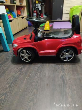 Машина каталка без родительской ручки