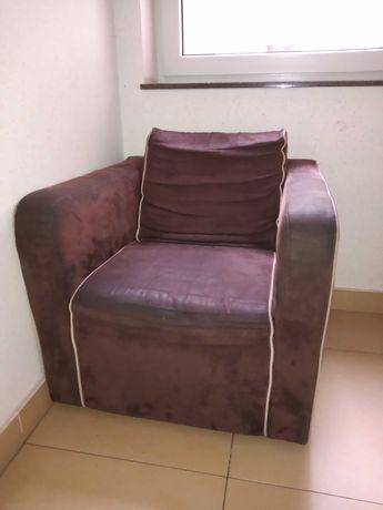 Fotel z salonu oddam za darmo