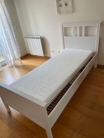 Vendo cama IKEA Hemnes 90X200cm