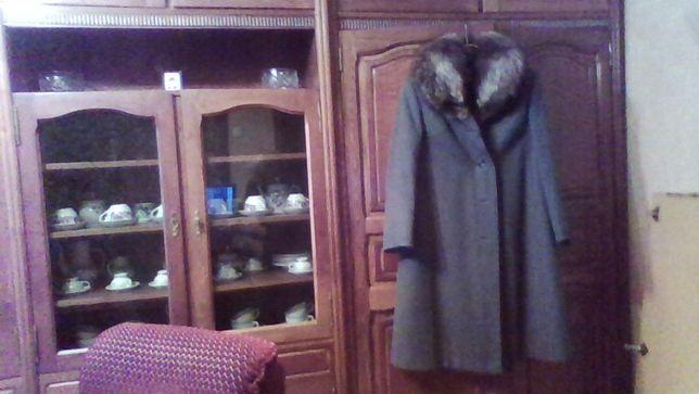 пальто женское драповое с чернобуркой