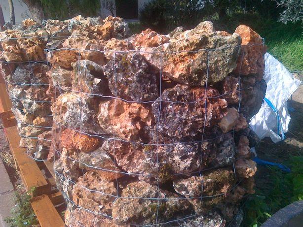 Pedra Rustica furada