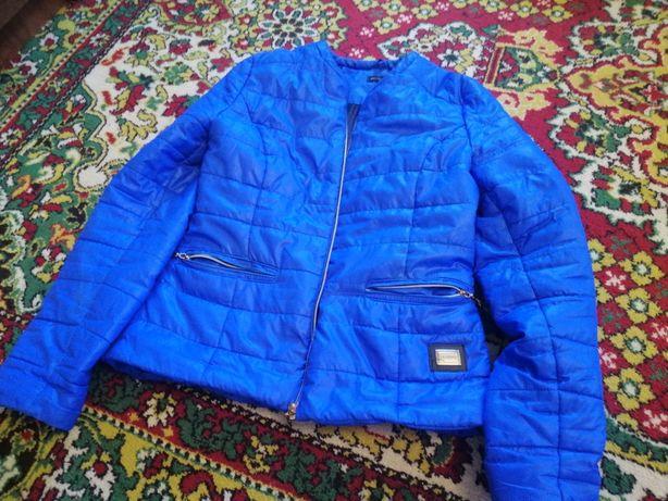 Женская куртка 44размер