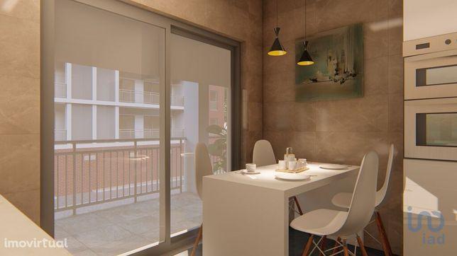 Apartamento - 135 m² - T2