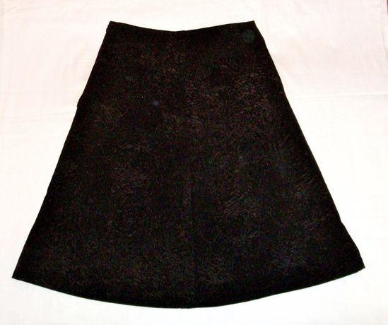 Юбка чёрная на девочку ткань с выделкой р42