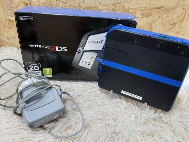 Nintendo 2 ds na caixa