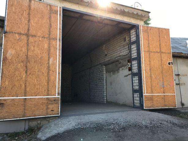 Продам капитальный гараж Героев Сталинграда 40