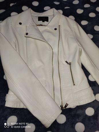 Продам куртку экокожа! Недорого! Хороший торг!!!