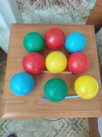 Мячики пластмассовые