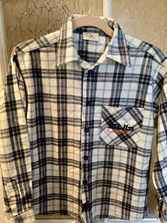 Рубашка детская, ветровка унисекс на рост 134-140.