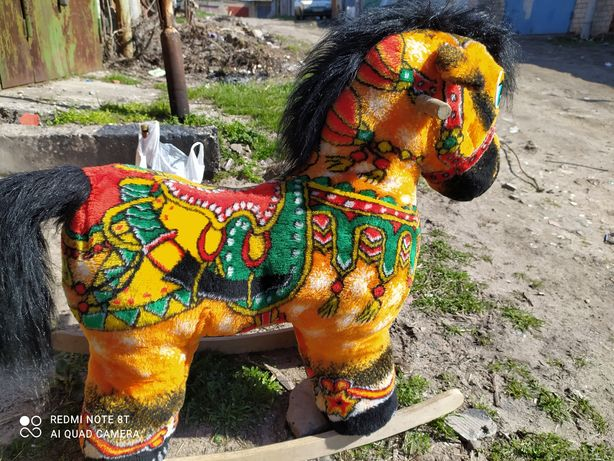 Конь- качалка, детский состояние отличное, видно на фото