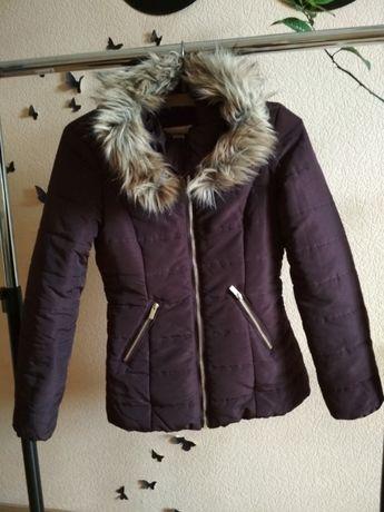 Фірмова куртка H&M, розмір S
