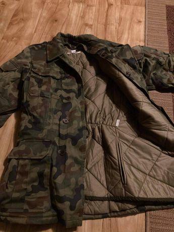 Kurtka zimowa, plecak, rękawiczki
