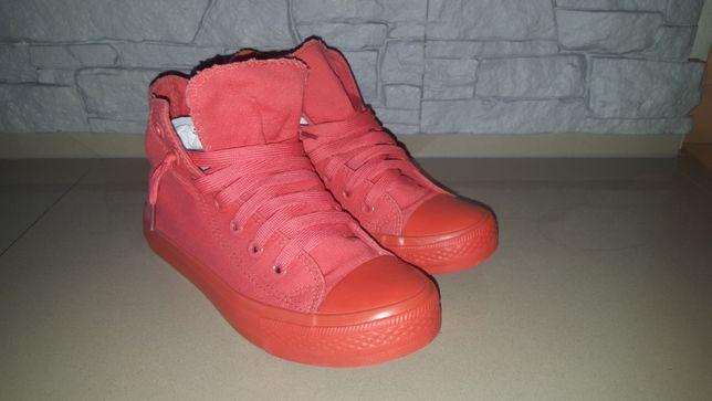 Buty trampki czerwone wysokie