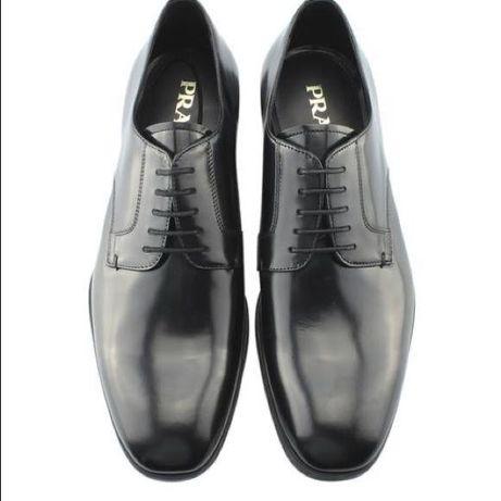 Sapatos Prada novos