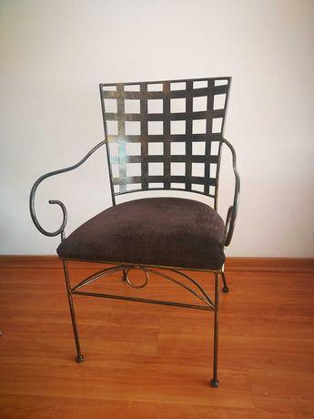 4 X Cadeiras de ferro com braços