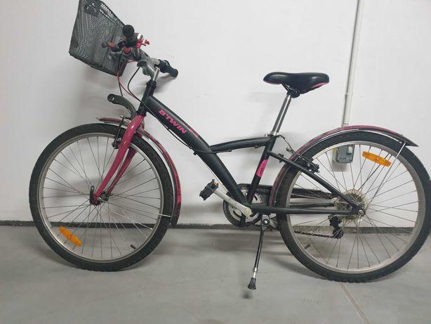 """Rower B'Twin 24"""" dla dziewczynki na 9-11 lat"""