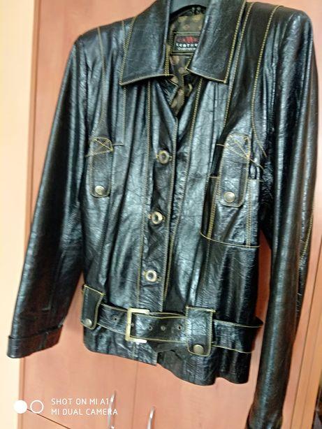 Куртка в идеале!!!