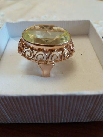 Złoty pierścionek Ręczna Robota 585 12,41g