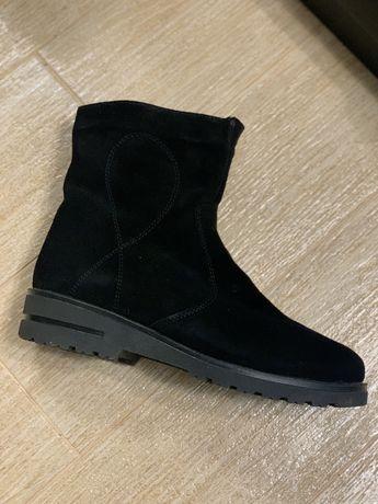 Ботинки зимние 39 Новые
