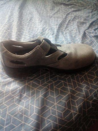 Sprzedam buty robocze