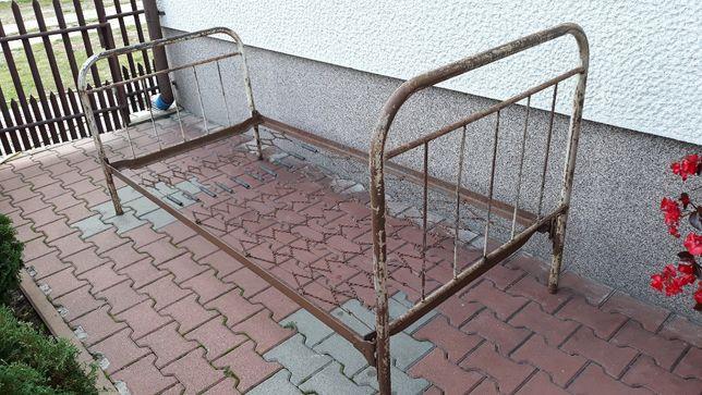 Sprzedam metalowe łóżko z czasów PRL-u
