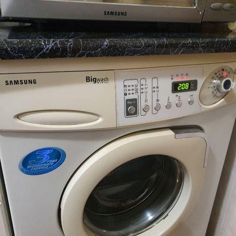 Продается стиральная машина Samsung BigWash B 1415J
