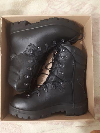 Nowe zimowe buty wojskowe 933/mon skóra 39,5/25,5
