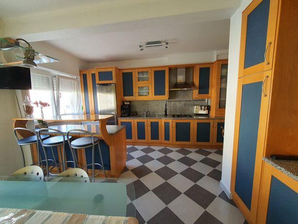 Apartamento T3  Remodelado, Centro Torres Vedras