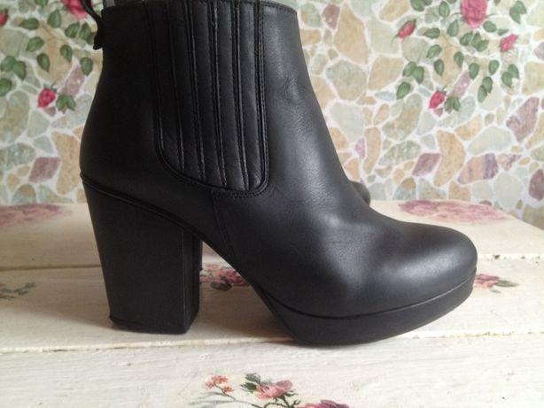 Элегантные женские ботильоны ботиночки 39\24.5 деми (испания)кожа