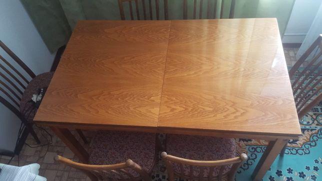 Sprzedam stol i krzesla