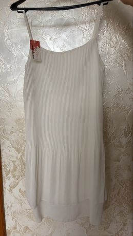Плаття біленьке