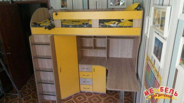 Кровать-чердак с рабочей зоной и шкафом