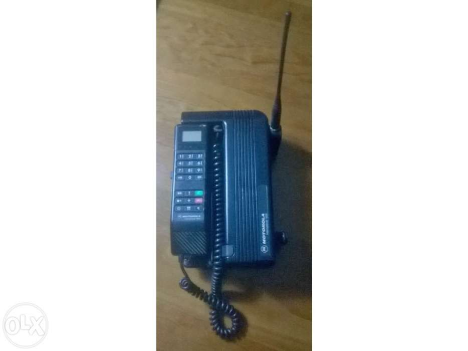"Telemóvel da marca Motorola 1000 ""Vintage"""