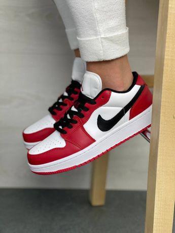 Женские кроссовки Nike Air Jordan 1 Low