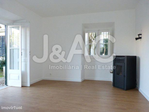 Apartamento T1 para Arrendar no Monte Estoril