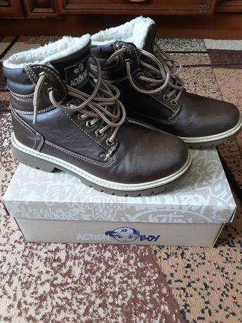Зимові шкіряні чоботи для хлопчика 37 розмір
