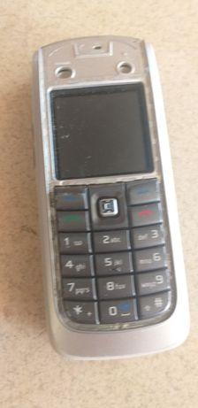 Stary telefon Nokia 6020