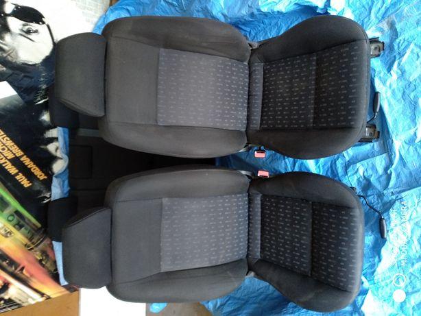 Fotele komplet ford mondeo MK3
