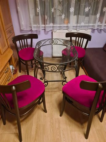 Krzesła z połowy XXw. Gięte drewno. Model 788. Po renowacji.