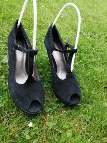 czarne, eleganckie sandały, skóra, Tamaris