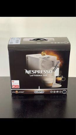 Nespresso Lattissima One Soft Black