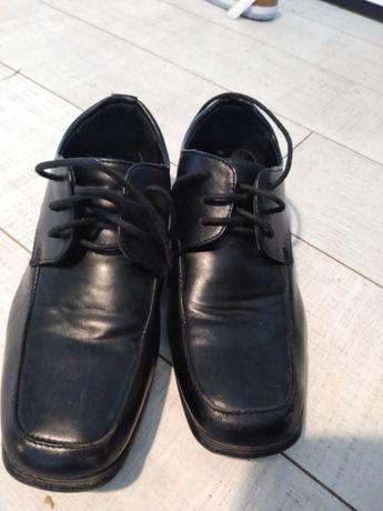 Buty czarne komunia 35 chlopiec