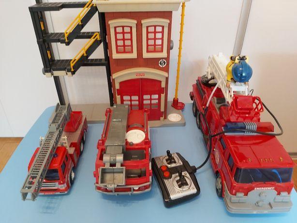 Zabawki Smyk Straż pożarna 3 wozy i baza + gratisy